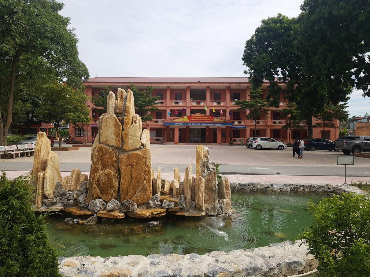 Trường Đại học Tài chính – Quản trị kinh doanh chung tay cùng đất nước phòng, chống dịch Covid-19