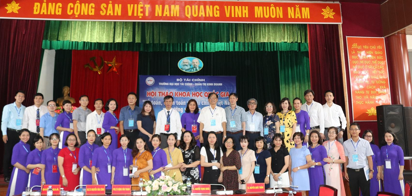 """Hội thảo khoa học quốc gia: """" Kế toán, Kiểm toán và Tài chính Việt Nam - Xu hướng và triển vọng"""""""